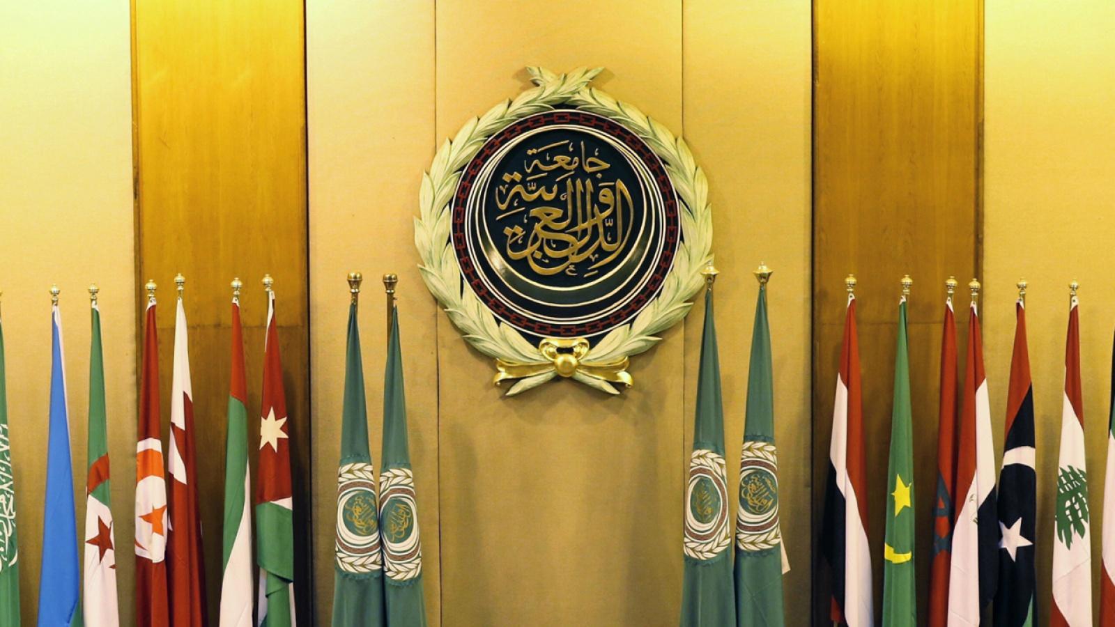 مسؤل كبيرالجامعة العربية ظاهرة صوتية